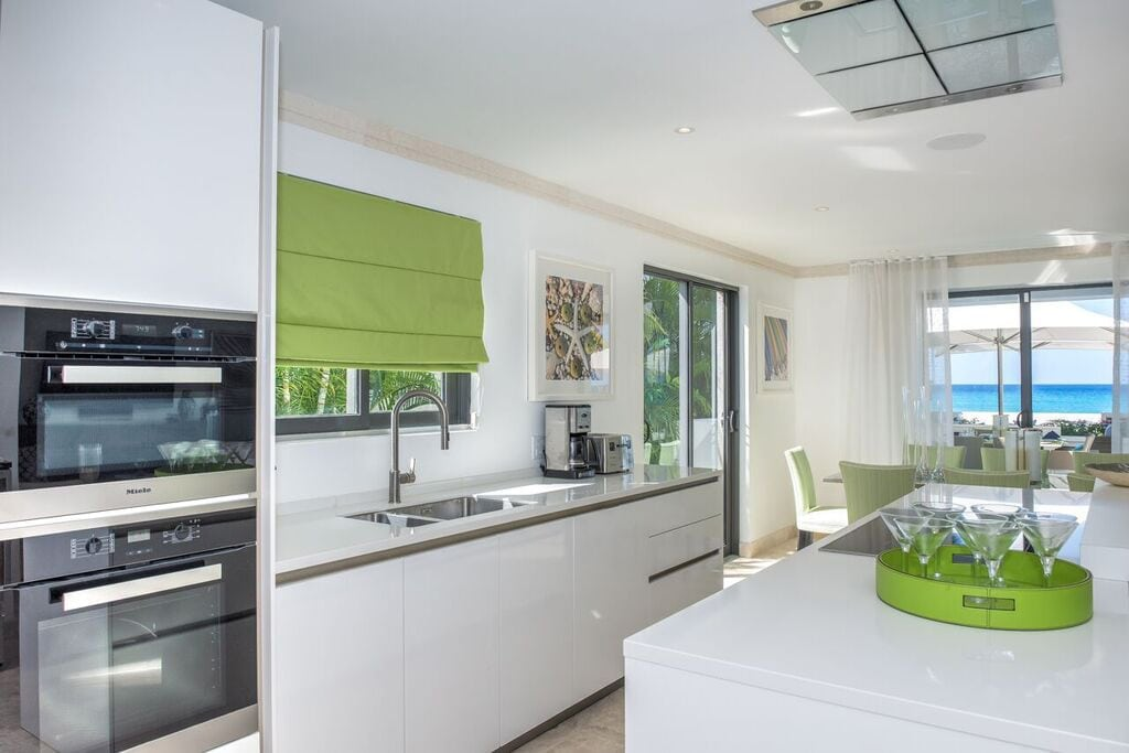 A villa in barbados with a siematic kitchen